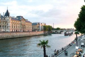Bar avec vue Paris - Le Scilicet